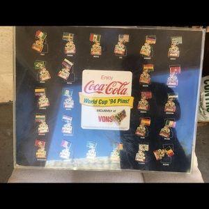 Coca Cola 1994 World Cup pins